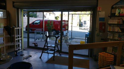 Modification de l'orientation de la porte du magasin