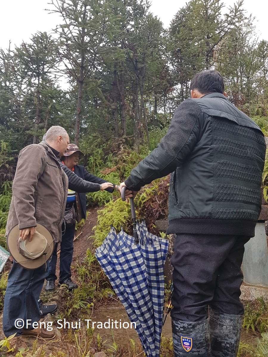 Etude d'une tombe en Chine avec le Yang Gong Feng Shui - Yin Feng Shui - Luc Torralba